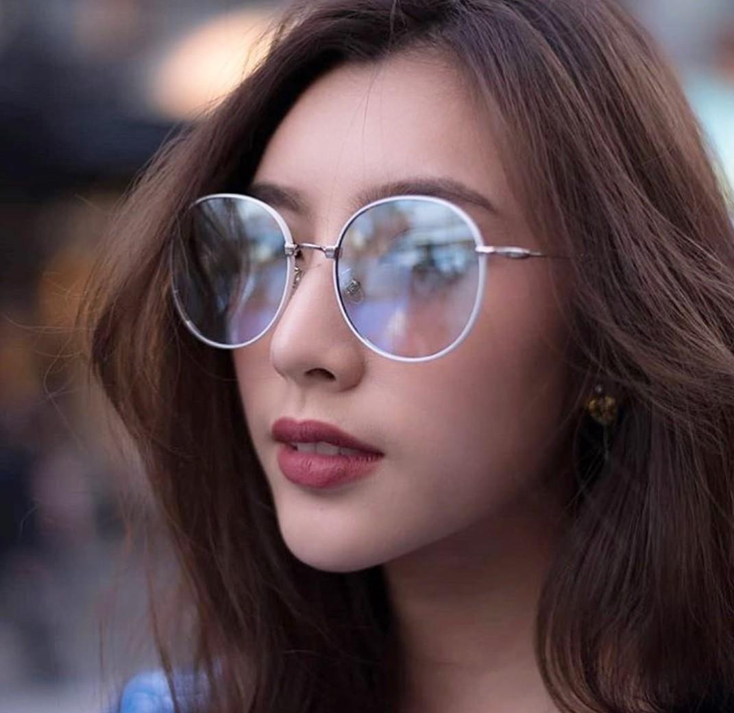 Cô bạn Thái Lan xinh đẹp, quyến rũ khó cưỡng khi diện bra đi countdown - Ảnh 5.