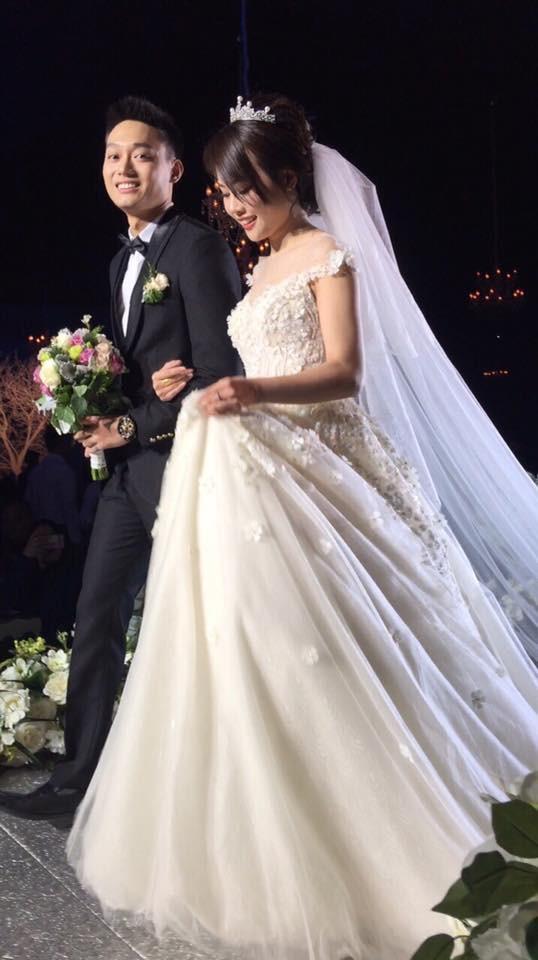 Hôm nay Nhật Anh Trắng cưới vợ, dân mạng xuýt xoa vì quá đẹp đôi - Ảnh 8.