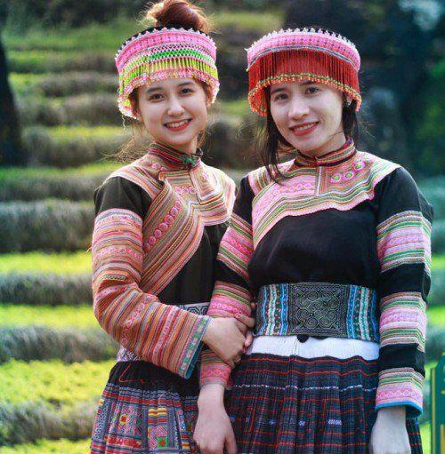 Không phải H'Hen Niê, đây mới là những cô gái đầu tiên đến từ Đăk Lăk gây chú ý vì quá xinh đẹp