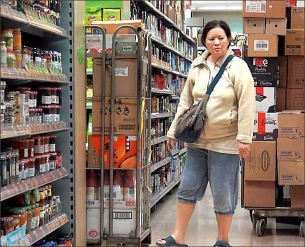 Cuộc sống bi đát của ngọc nữ Hồng Kông Lam Khiết Anh: Nhặt thức ăn thừa, sống nhờ trợ cấp - Ảnh 6.