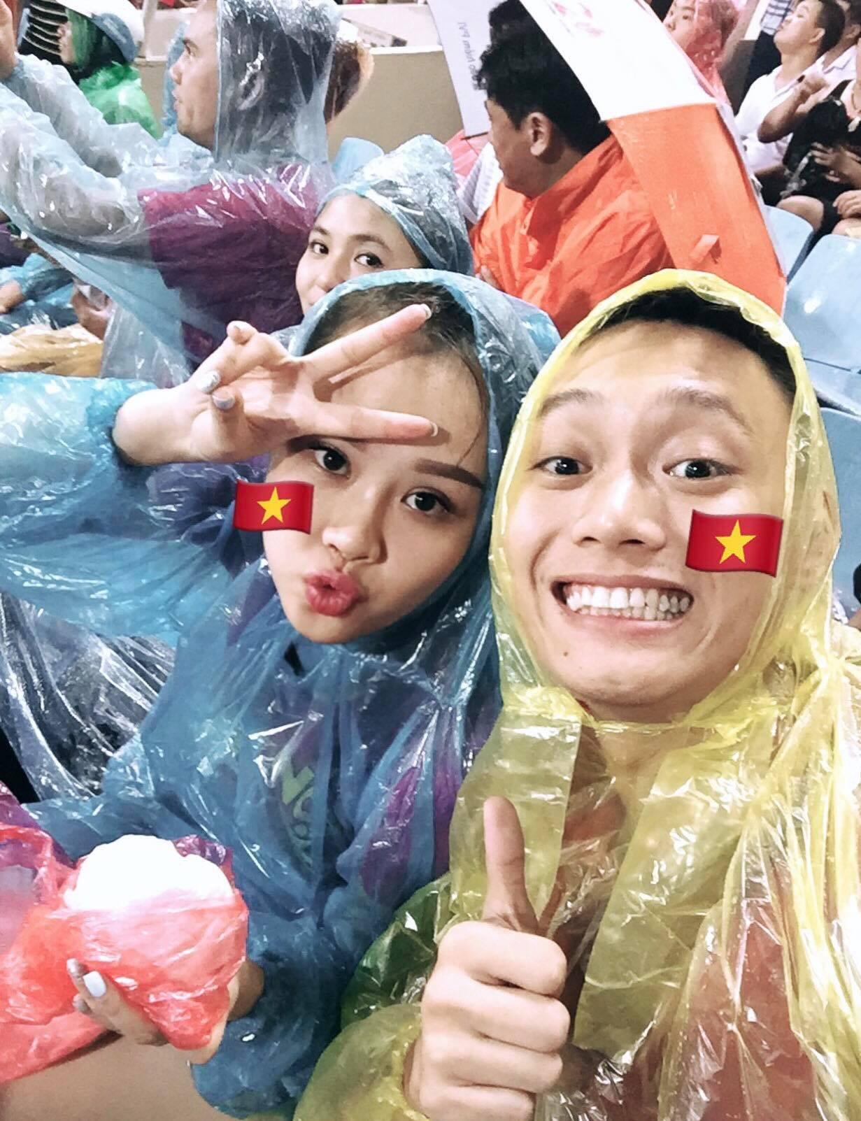 Loạt ảnh siêu lầy lội vợ chồng Nhật Anh Trắng: Yêu