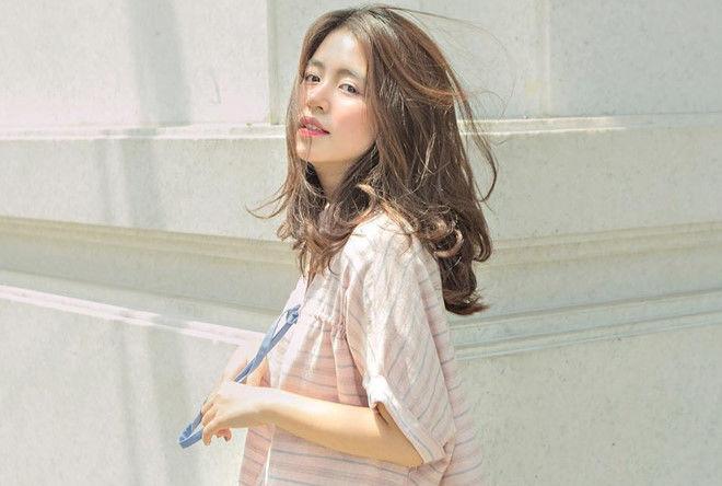 Biến các nàng trở nên xinh đẹp hơn với 1001 cách tạo kiểu với tóc mái rẽ ngôi