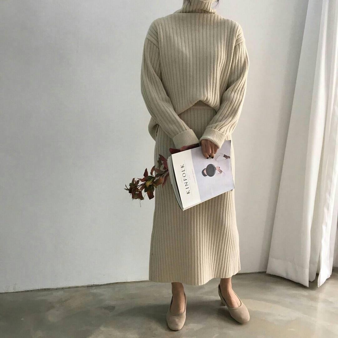 Set áo + váy len đồng màu, công thức hot rần rần sinh ra cho các cô nàng lười nhưng vẫn muốn mặc đẹp mùa đông này - Ảnh 7.