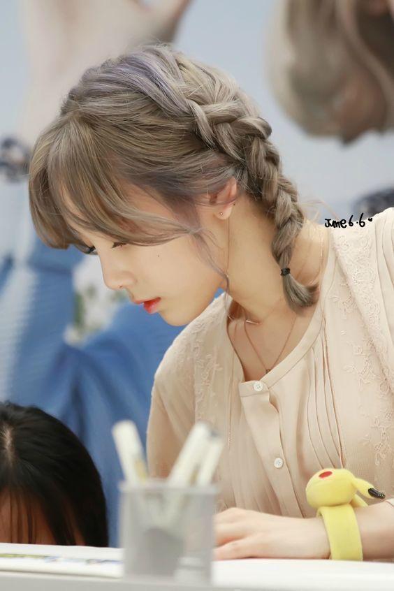 bestie nhung kieu toc dep cua Taeyeon 24