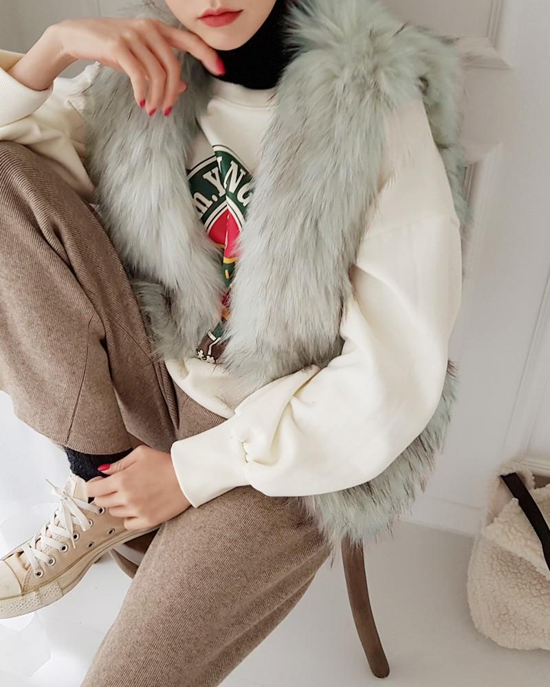 10 công thức phối layer áo cổ lọ ôm sát giúp bạn lên đồ vừa ấm vừa xinh trong đợt rét đậm, rét hại này - Ảnh 6.