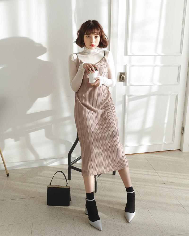 10 công thức phối layer áo cổ lọ ôm sát giúp bạn lên đồ vừa ấm vừa xinh trong đợt rét đậm, rét hại này - Ảnh 10.