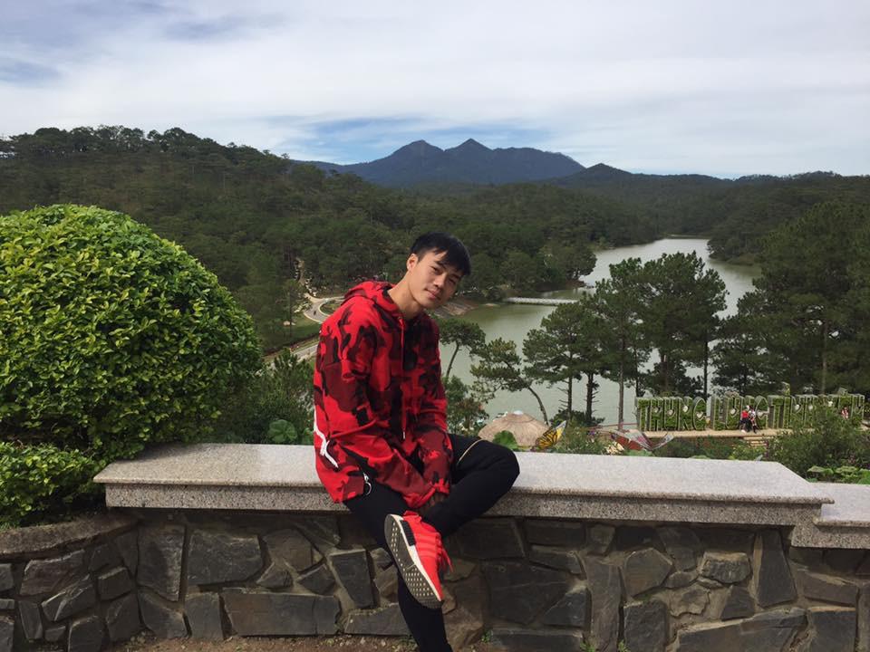 Duy Mạnh mê Gucci, Tiến Dụng - Văn Hậu cuồng Yeezy, U23 Việt Nam cũng chịu khó đầu tư giày ra phết - Ảnh 10.