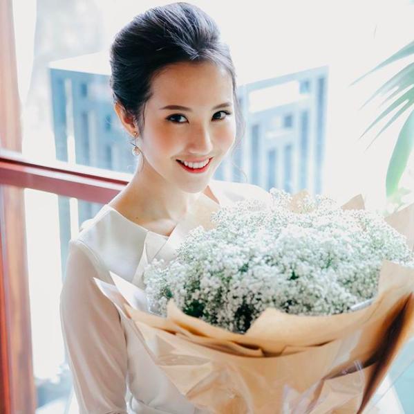 Đẳng cấp của thiếu gia Việt: Bạn gái ai cũng xinh không phải dạng vừa! - Ảnh 2.