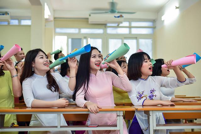 Image result for thời sinh viên