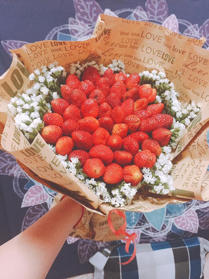 Đặt mua hoa dâu tây trên mạng, cô gái mếu máo khi nhận hàng: Bó này mà tặng mẹ người yêu khéo chia tay! - Ảnh 5.