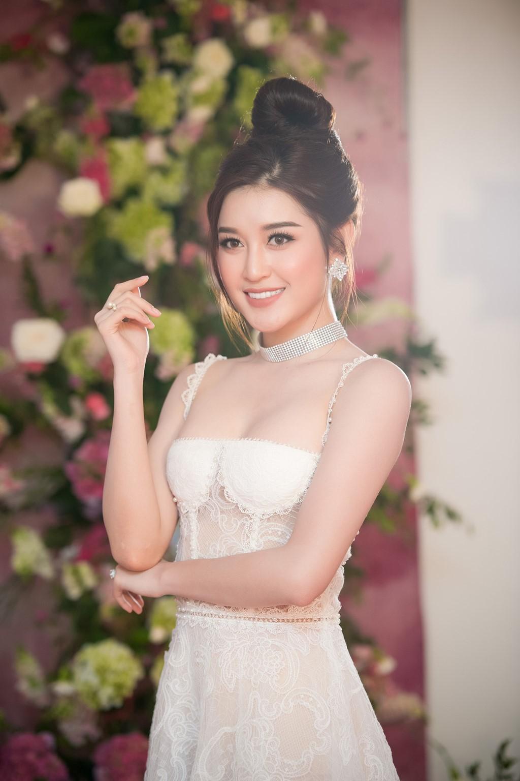 Dàn Hoa hậu, Á hậu gửi lời chúc và đặt cược vào chiến thắng của Hương Giang tại Hoa hậu Chuyển giới Quốc tế - Ảnh 3.