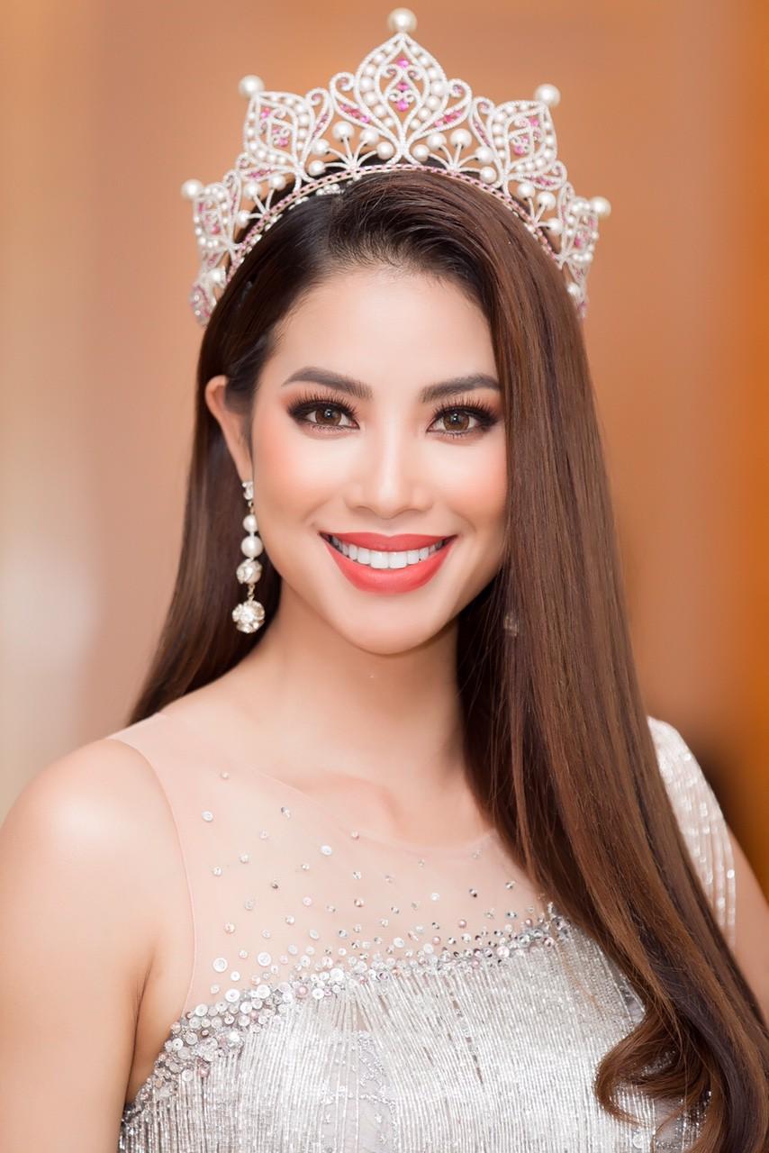 Dàn Hoa hậu, Á hậu gửi lời chúc và đặt cược vào chiến thắng của Hương Giang tại Hoa hậu Chuyển giới Quốc tế - Ảnh 1.