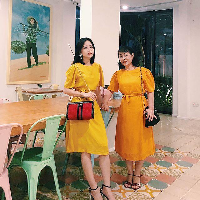Street style sao tháng 3 báo hiệu màu vàng đang là hot trend khi Chi Pu, Hương Tràm, Văn Mai Hương... đều chọn mặc - Ảnh 1.