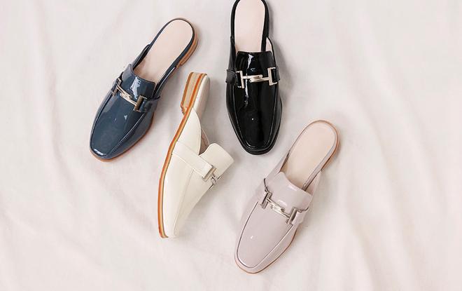 Không phải sneaker, giày khuyết gót là món đồ nàng công sở cần sắm ngay trong hè này - Ảnh 22.