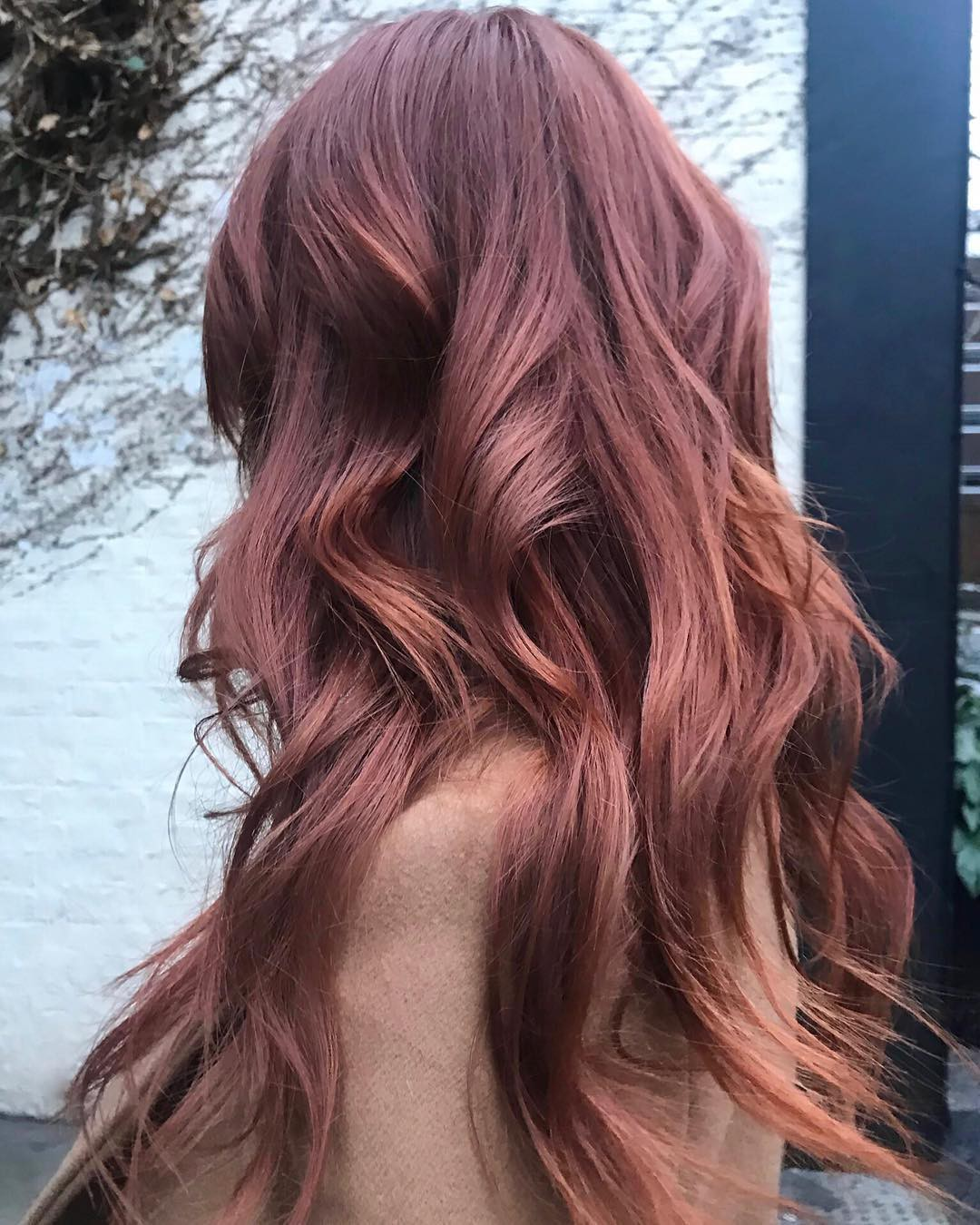 Cuối cùng cũng có một màu nhuộm đẹp long lanh mà con gái châu Á tóc đen có thể đu theo: màu nhuộm nâu hoa hồng - Ảnh 6.