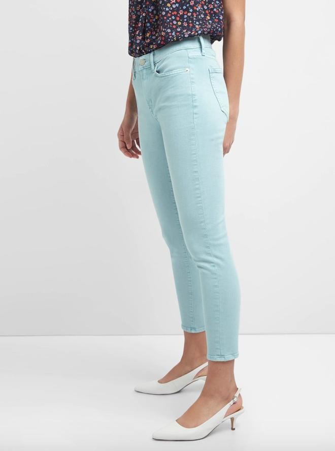 Zara cùng loạt thương hiệu khác lăng xê nhiệt tình mẫu quần jeans sắc màu trong hè này - Ảnh 8.