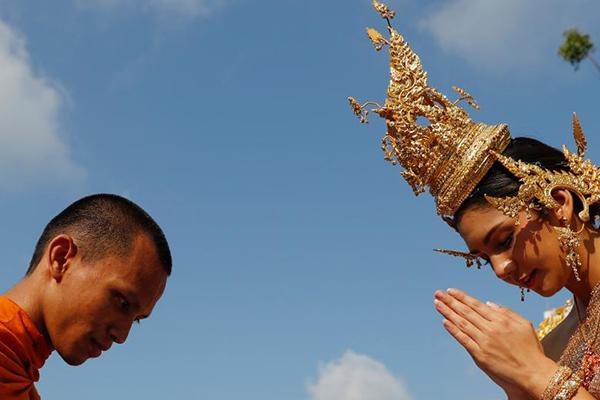 Chùm ảnh ấn tượng tại lễ hội té nước Songkran Thái Lan 0