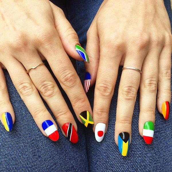 Gợi ý 12 mẫu nail cho cô nàng yêu thích phong cách nổi bật mùa hè 2018 1