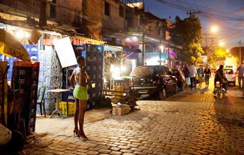 Sự thật bất ngờ về những phố đèn đỏ nổi tiếng trên thế giới