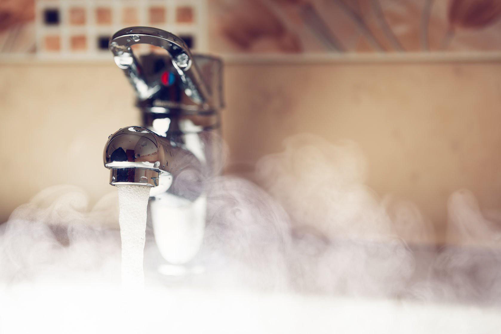 5 sai lầm bạn thường hay mắc phải khiến việc rửa mặt không mang lại hiệu quả - Ảnh 4.