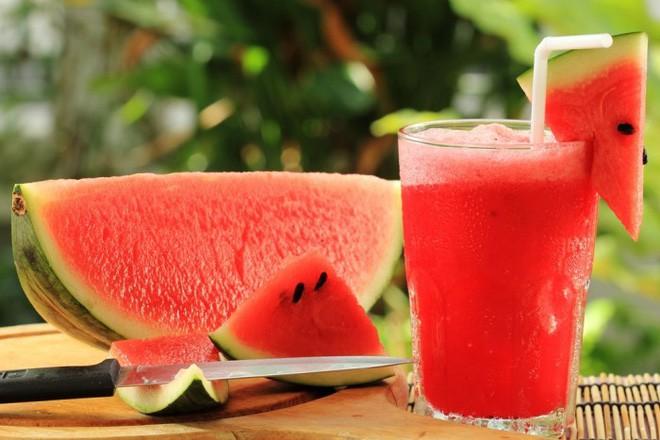 Muốn đẹp da, hãy ăn dưa hấu và đây là lý do tại sao - Ảnh 2.