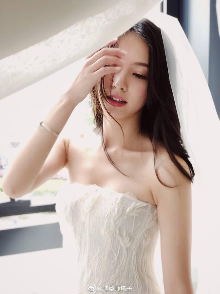 Câu chuyện ngôn tình và đám cưới như mơ của mỹ nữ được mệnh danh là chị đẹp trên Tik Tok Trung Quốc - Ảnh 8.