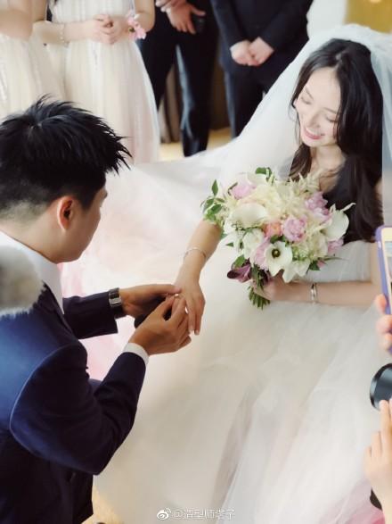 Câu chuyện ngôn tình và đám cưới như mơ của mỹ nữ được mệnh danh là chị đẹp trên Tik Tok Trung Quốc - Ảnh 10.