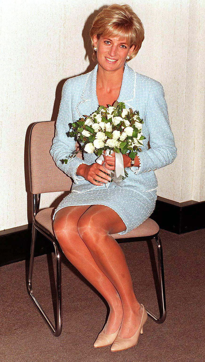 Lý do đằng sau việc Công nương Diana ngừng diện đồ Chanel sẽ khiến người ta càng thương bà nhiều hơn - Ảnh 3.