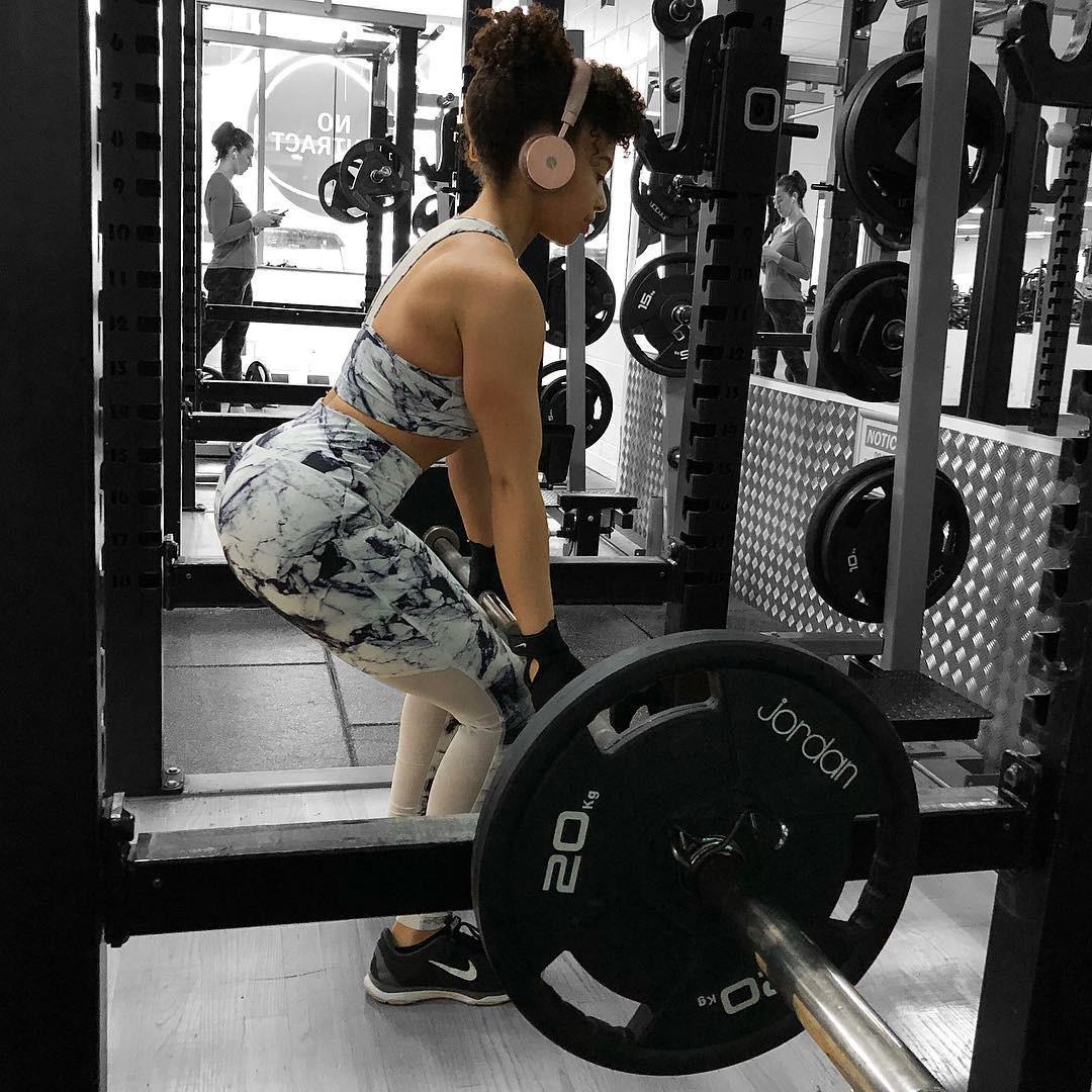 Chỉ với một vài thay đổi nhỏ khi tập luyện, cô gái này đã nhanh chóng đạt được thân hình hoàn hảo - Ảnh 3.
