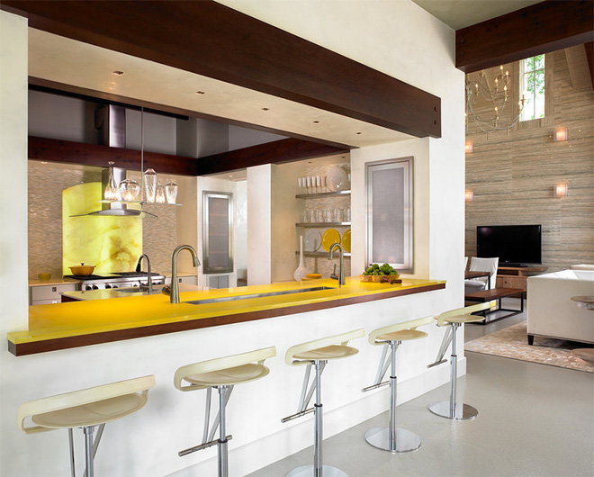 Vàng – gam màu cứu rỗi những căn bếp không có sự xuất hiện của ánh sáng tự nhiên - Ảnh 4.