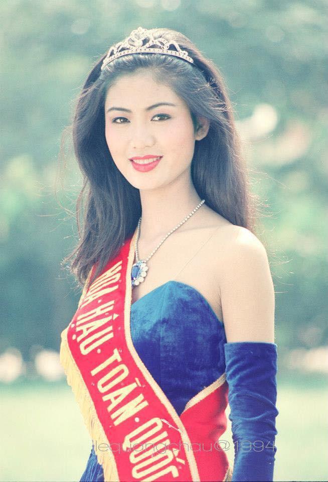 Nhan sắc trẻ đẹp bất chấp thời gian của Hoa hậu Việt Nam 1994 Nguyễn Thu Thủy sau 24 năm đăng quang - Ảnh 1.