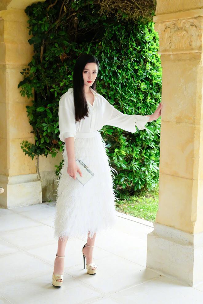 Khoảnh khắc gây sốt: Phạm Băng Băng trắng bật tông so với dàn mỹ nhân quốc tế hạng A tại Cannes - Ảnh 9.