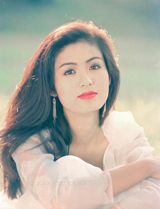 Nhan sắc trẻ đẹp bất chấp thời gian của Hoa hậu Việt Nam 1994 Nguyễn Thu Thủy sau 24 năm đăng quang - Ảnh 2.