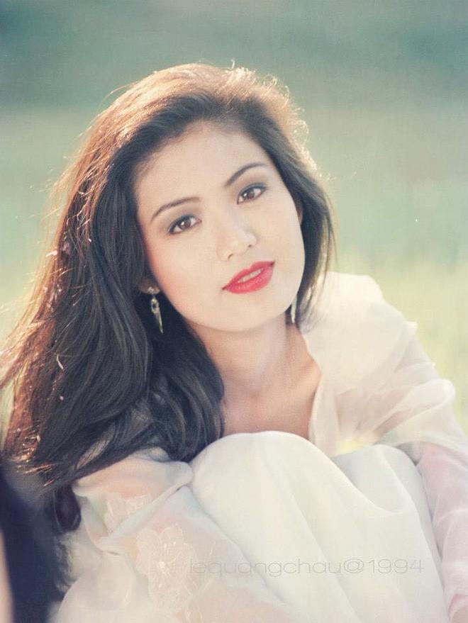 Nhan sắc trẻ đẹp bất chấp thời gian của Hoa hậu Việt Nam 1994 Nguyễn Thu Thủy sau 24 năm đăng quang - Ảnh 3.
