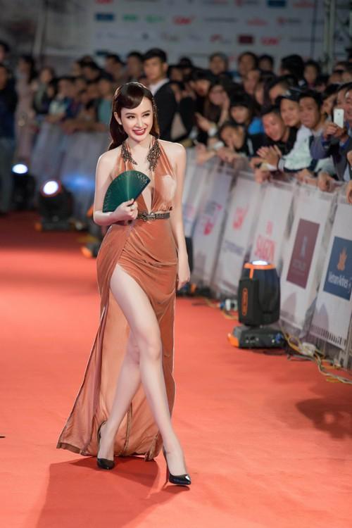 Sao Vbiz và những lần muối mặt vì bị mời khỏi thảm đỏ: Bất ngờ với lý do của Angela Phương Trinh, Kyo York - Ảnh 5.