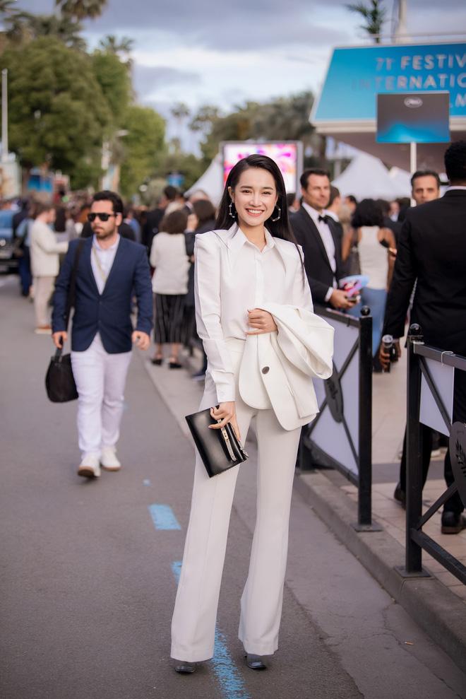 Sau lùm xùm tình ái, Nhã Phương lấy lại thần thái rạng rỡ khi xuất hiện tại Cannes - Ảnh 1.