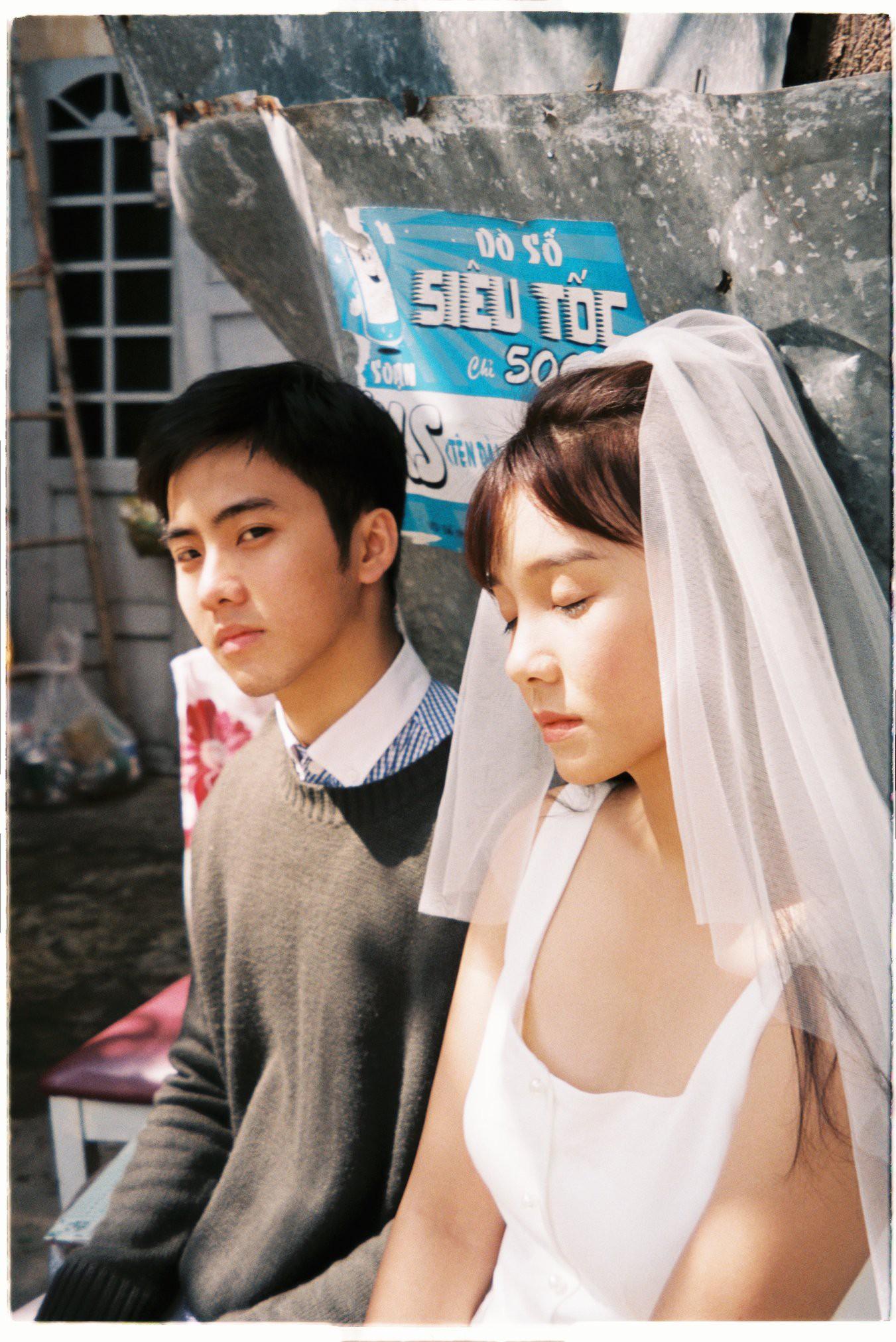 30 phút mượn vườn nhà bác hàng xóm, 9X Việt cho ra bộ ảnh cưới chất như film Hong Kong - Ảnh 5.
