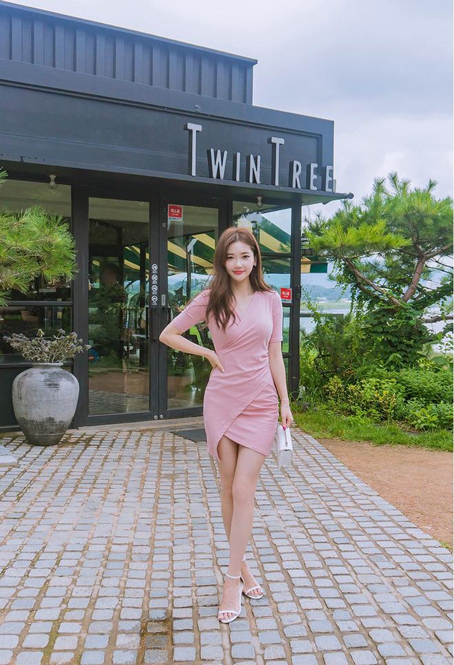 Thỏa mãn mọi cá tính và gu ăn mặc, chẳng trách váy bất đối xứng khiến bao quý cô mê mẩn rồi muốn diện cho bằng được - Ảnh 3.