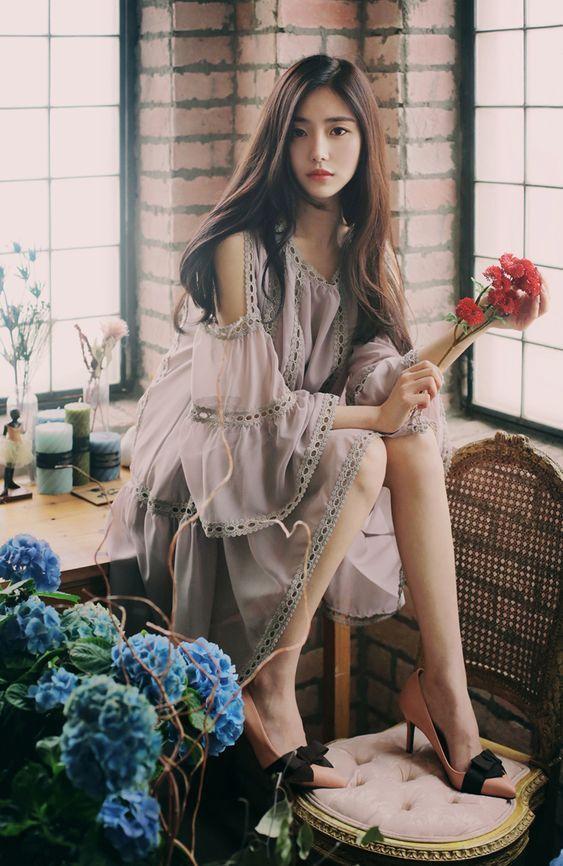 Tuyệt chiêu chọn váy áo vừa xinh vừa mát cho cô nàng có bắp tay to