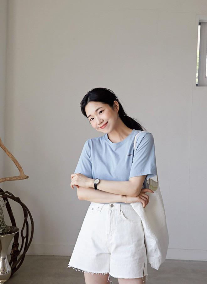 5 kiểu áo cotton đơn giản, mặc lên dễ đẹp để các nàng diện cả tuần cũng không thấy chán - Ảnh 2.