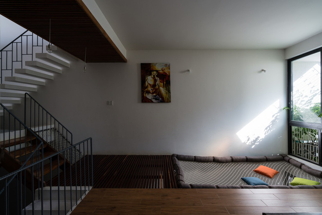 Ngôi nhà hướng Tây nhưng không bao giờ sợ nắng nóng của gia đình 3 thế hệ ở Nha Trang - Ảnh 7.