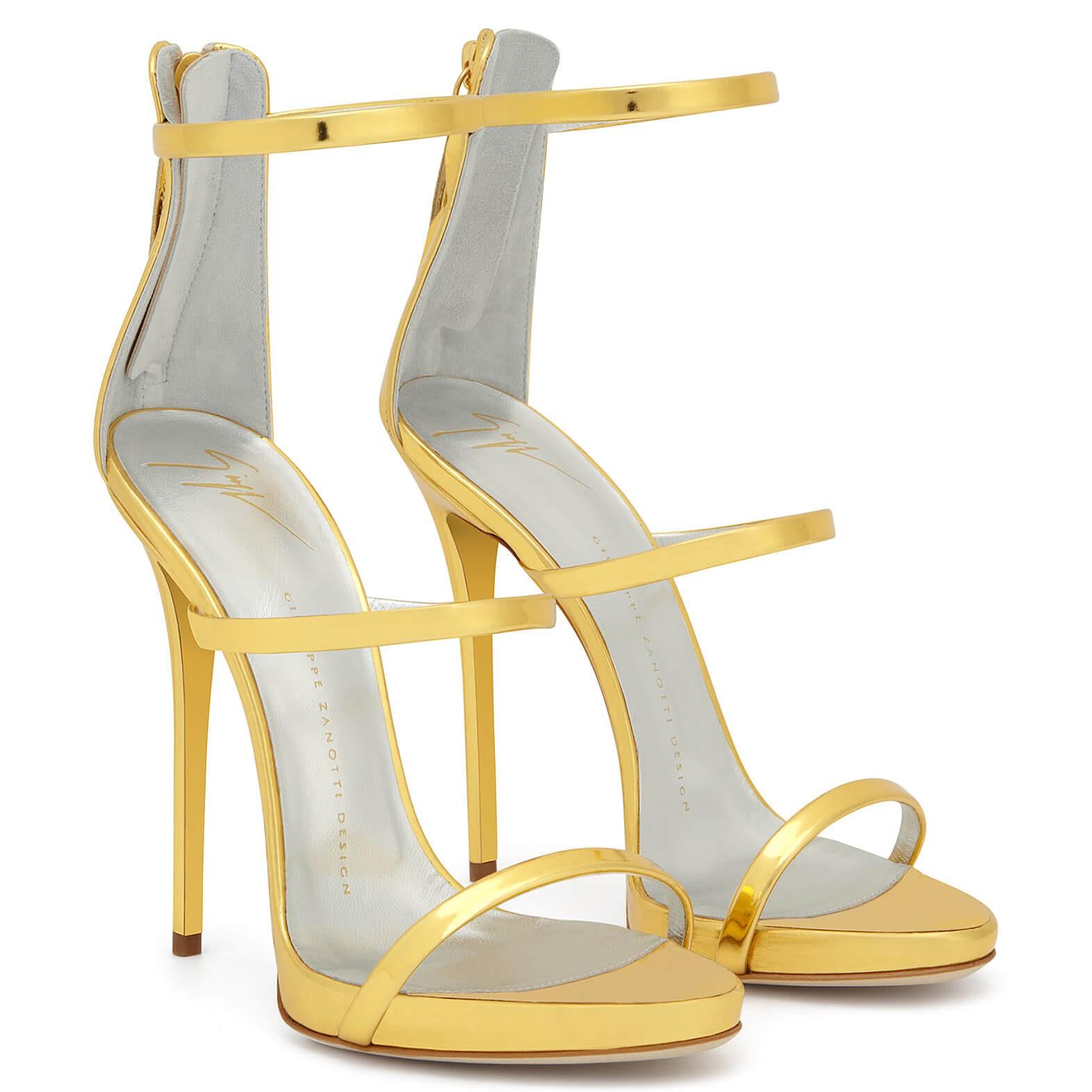 """Đôi sandal tôn chân nuột nà của Bích Phương bỗng thành """"hot item"""" được các shop online thi nhau đăng bán - Ảnh 6."""