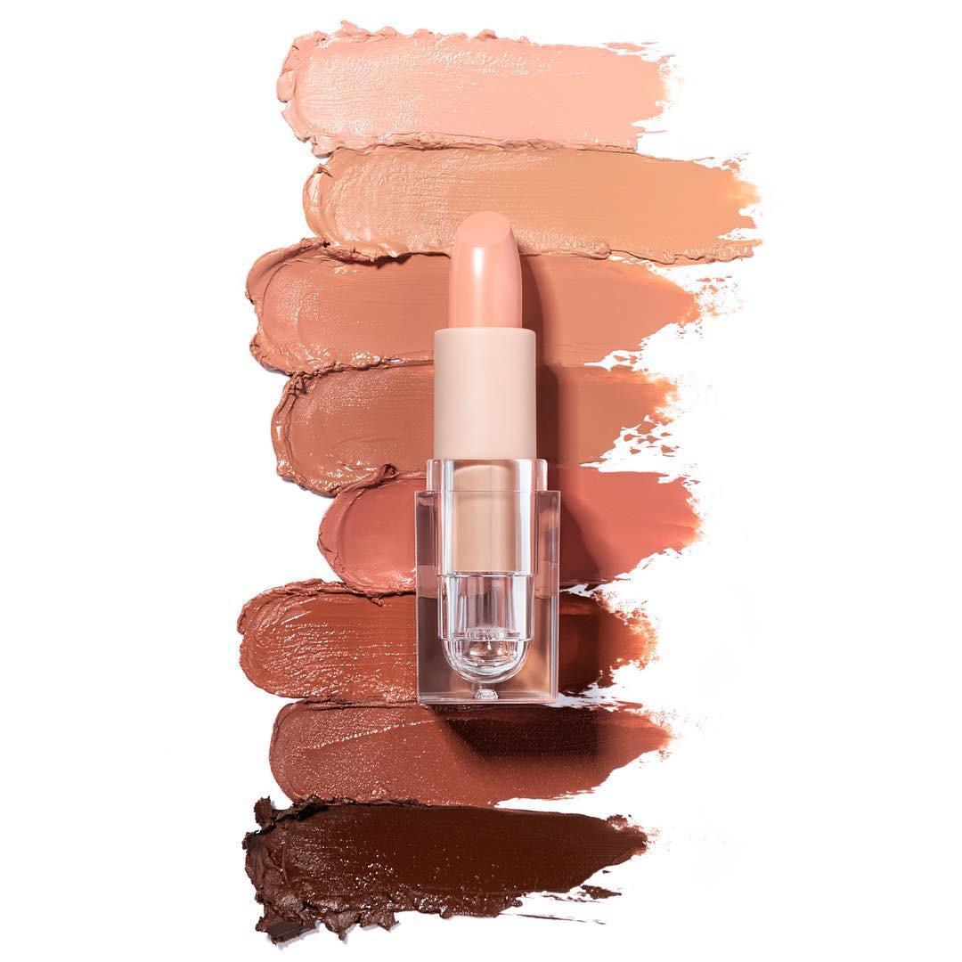 8 cô nàng này đã thử 8 màu son nude cho mọi tông da của Kim Kardashian và đây là kết quả
