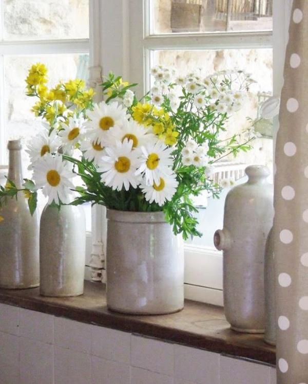 Những cách cắm hoa sáng tạo giúp nhà bạn lúc nào cũng đẹp như trong một vườn hoa - Ảnh 5.