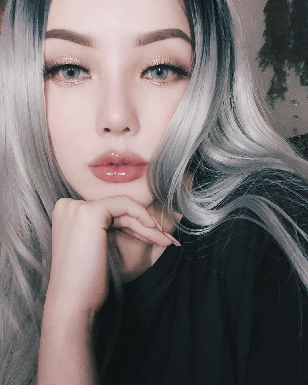 Điểm qua những makeup look siêu xinh của Phù thủy Pony mà con gái ...