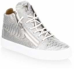 15 đôi sneaker đang