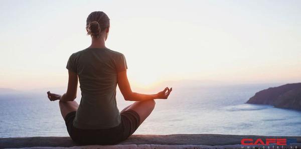 Chuyên gia giải phẫu thần kinh nổi tiếng khẳng định: Thói quen rèn luyện tốt nhất vào buổi sáng chỉ bao gồm 3 bước đơn giản, thực hiện thành công thì cuộc đời thay đổi - Ảnh 2.