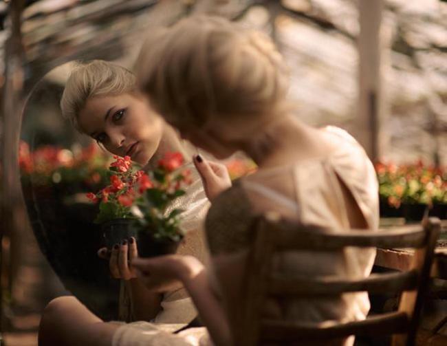 Tâm phải biết buông bỏ thì đời mới nở hoa, lòng không còn nặng nề thì thân thể mới tự tại…