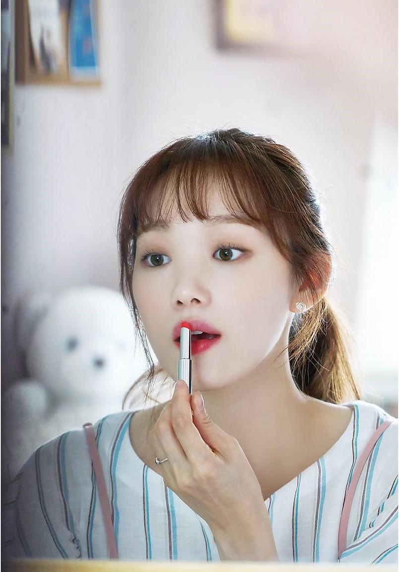 Những thỏi son đang được sao Hàn dùng nhiệt tình trong loạt phim 'hot hit' gần đây
