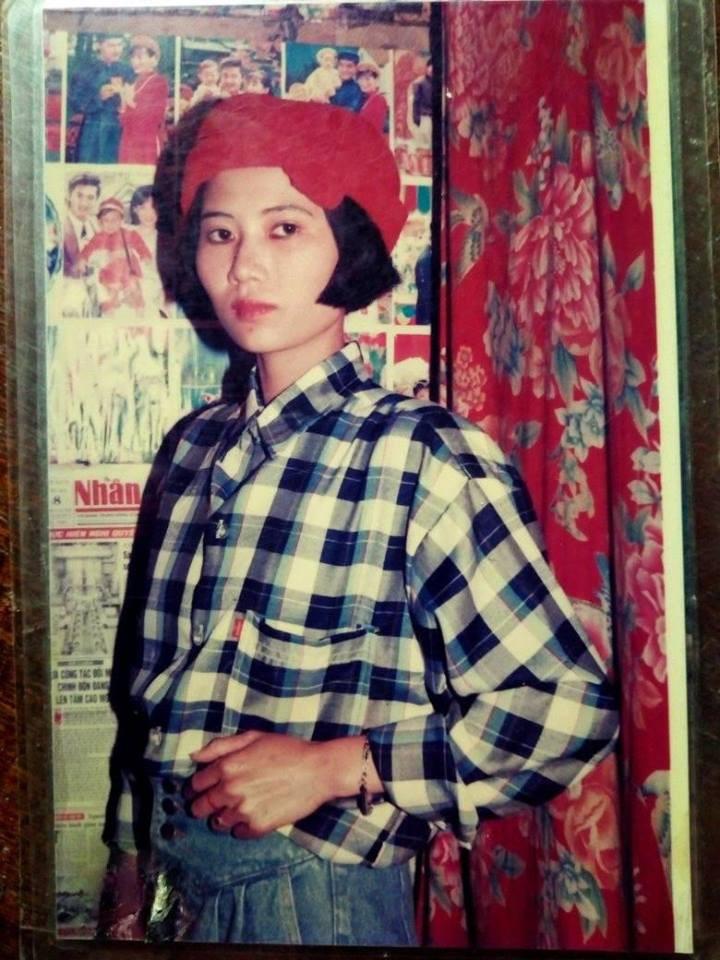 Nhìn lại ảnh ngày xưa mới thấy, mẹ chúng ta chính là những hotgirl và fashionista đời đầu! - Ảnh 6.